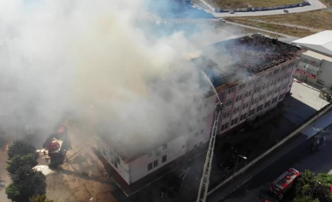 Esenyurt'taki okulda çıkan yangın paniğe yol açtı