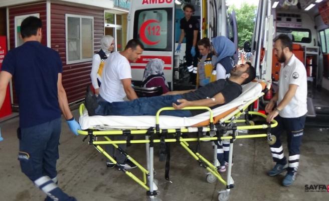 İnegöl'de kazalar peş peşe geldi: 12 yaralı