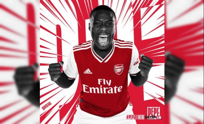 Arsenal, Pepe'yi 80 milyon Euro'ya kadrosuna kattı