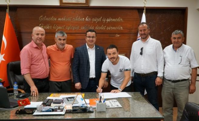 Mustafakemalpaşa Belediyespor'a 2 transfer birden