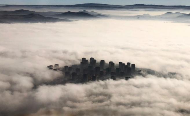 Ankara sis altında