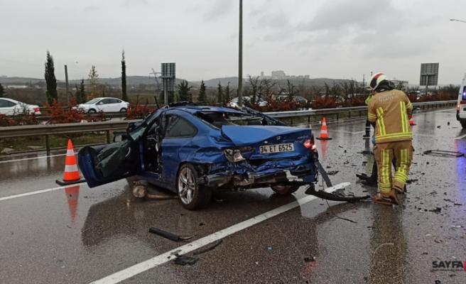 Bursa'da su birikintisi faciası: Lüks otomobil sürücüsü sıkışarak öldü