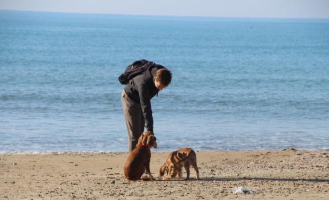 Manavgat'ta Aralık ayında deniz ve güneş keyfi