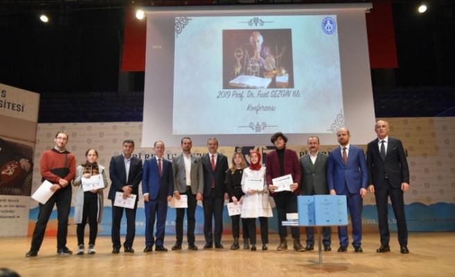 Bursa Zeki Müren Güzel Sanatlar Lisesi ödüllere doymuyor