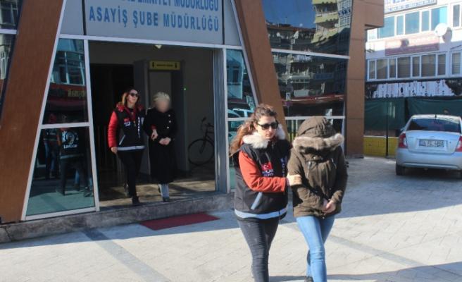 Kocaeli'de masaj salonuna fuhuş baskını: 5 gözaltı