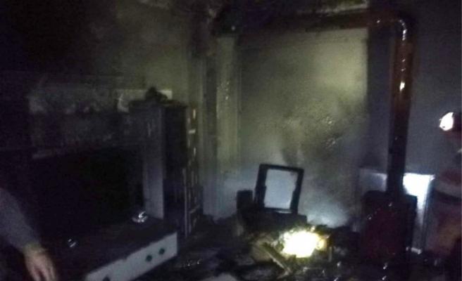 Karacabey'de kömür sobası bomba gibi patladı