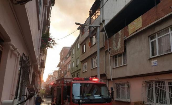 Bursa'da salça yaparken ev küle döndü