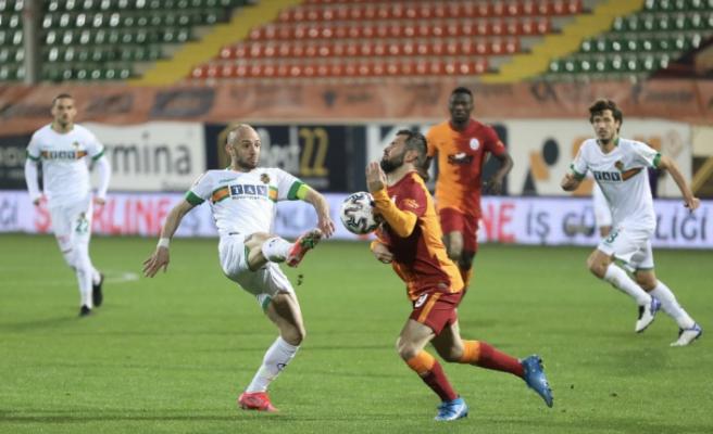 Süper Lig: Aytemiz Alanyaspor: 0 - Galatasaray: 1 (Maç sonucu)