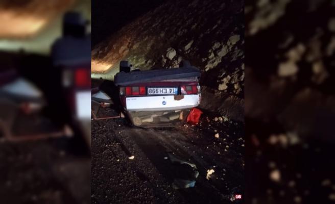 Kontrolden çıkan otomobil takla attı: 1ölü, 1 yaralı