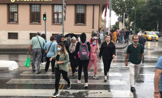 Edirne'de sağanak yağış etkili oldu