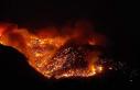 Mersin Aydıncık'taki orman yangını sürüyor
