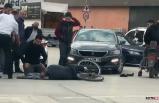 Yaralanan sürücünün başında bekledi