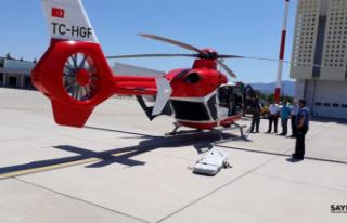 Ambulans helikopter 74 yaşındaki hasta için havalandı