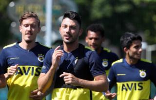Fenerbahçe yeni sezon hazırlıklarını sürdürdü