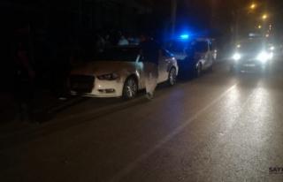 İzmir'de otomobil sürücüsünün çarptığı...