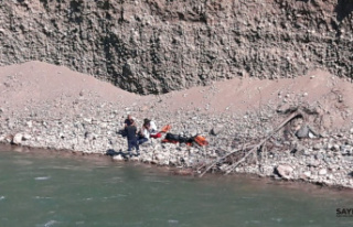 Çoruh Nehri'ne düştüğü tahmin edilen teknisyen...