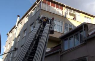 Oğluyla kavga ederken 5. kattan yan binanın çatısına...