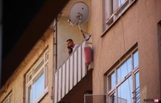 Havaya ateş açtı polisi görünce intihar girişiminde...