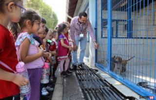Çocuklardan anlamlı ziyaret