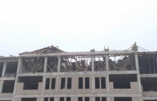Ankara'da ilkokul inşaatı çöktü: 1 ölü, 1...