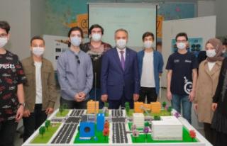 Başarı gençlerden destek Büyükşehir'den