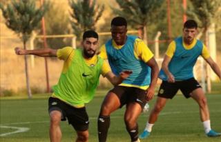 Yeni Malatyaspor haftanın açılış maçında Göztepe'yi...