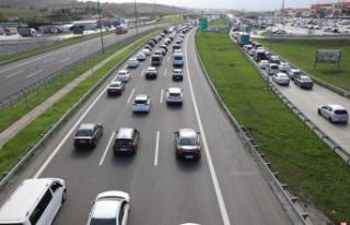 Kısıtlamadan kaçış trafiği Bolu'ya ulaştı