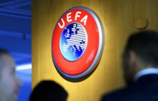 UEFA, Şampiyonlar Ligi formatında değişikliğe...