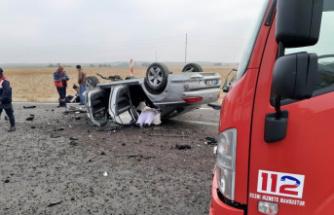 Kontrolden çıkan otomobil takla attı: 1ölü, 2 yaralı