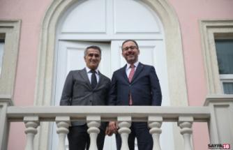 Bakan Kasapoğlu'ndan Şenol Güneş'e ziyaret
