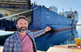 Hava muhalefeti nedeniyle 4 gündür yanaşamayan gemi, Mersin'deki limanına ulaştı