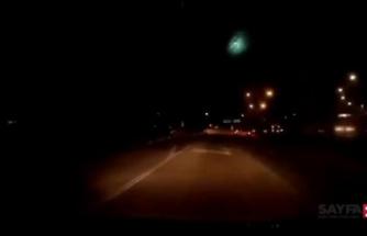 Malezya'da meteorun düşme anı araç kamerasında