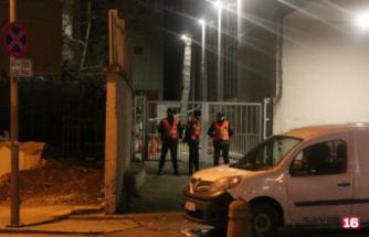 Şişli'de AVM'nin çatı katından düşen kişi öldü