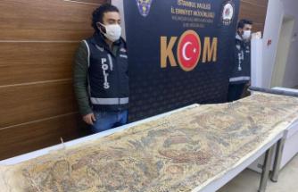 Roma dönemine ait 3 metre uzunluğunda mozaik ele geçirildi