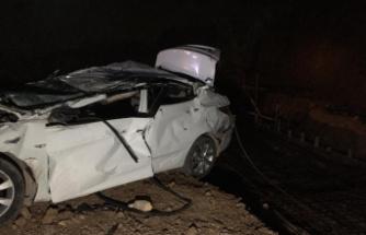 Bursa'da bir otomobil fabrika inşaatına uçtu 2 ölü