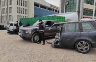 Yurt dışından kaçak getirilen otomobil parçalarına el konuldu