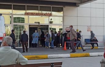 Kuyruk metrelerce uzadı: Bursa'da en kritik seviyeye ulaştı