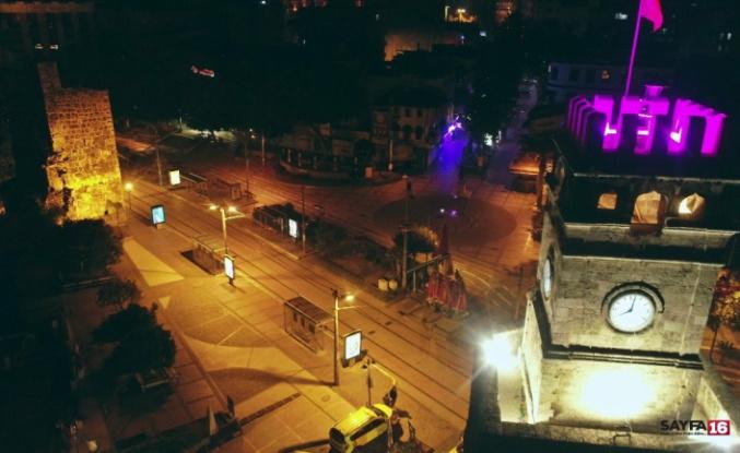 Antalya'daki sessizlik tarihi saat kulesi eşliğinde havadan görüntülendi