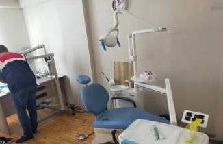Bursa'da kaçak dişçi operasyonu