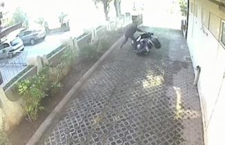 Motoru sürükleyerek böyle çaldılar