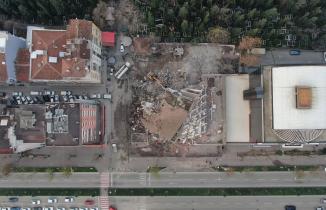 Bursa'da 6 katlı emniyet binası böyle yıkıldı