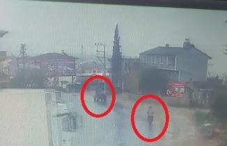 Kontrolden çıktı: Önce motosiklete sonra traktöre çarptı