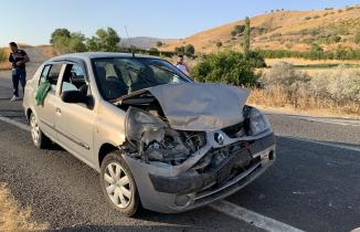 Düğün konvoyunda kaza 11 yaralı
