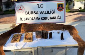 Bursa'da 2 Bin yıllık tarihi eserler ele geçirildi